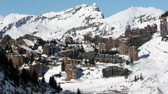 Bracia spadli z urwiska w Alpach. <br />Dwunastolatek nie żyje